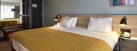 Holiday Inn Gent Expo Bedrooms